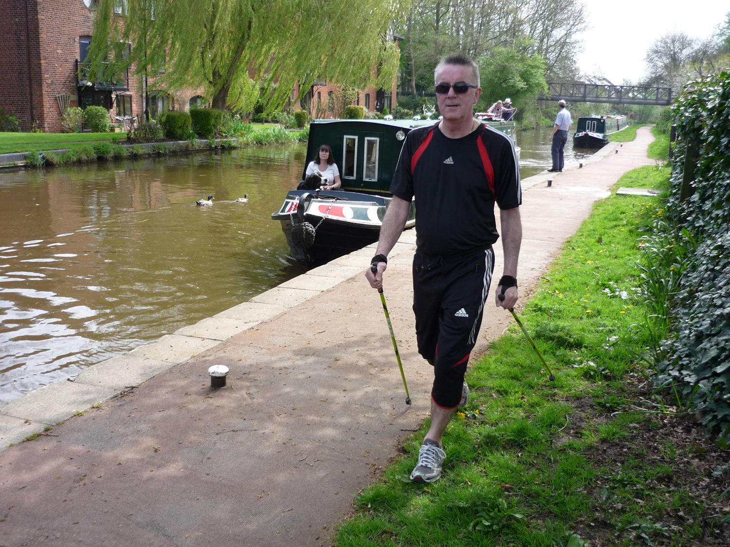 Human-Nature Escapes CIC - Nordic Walking on Canal Side