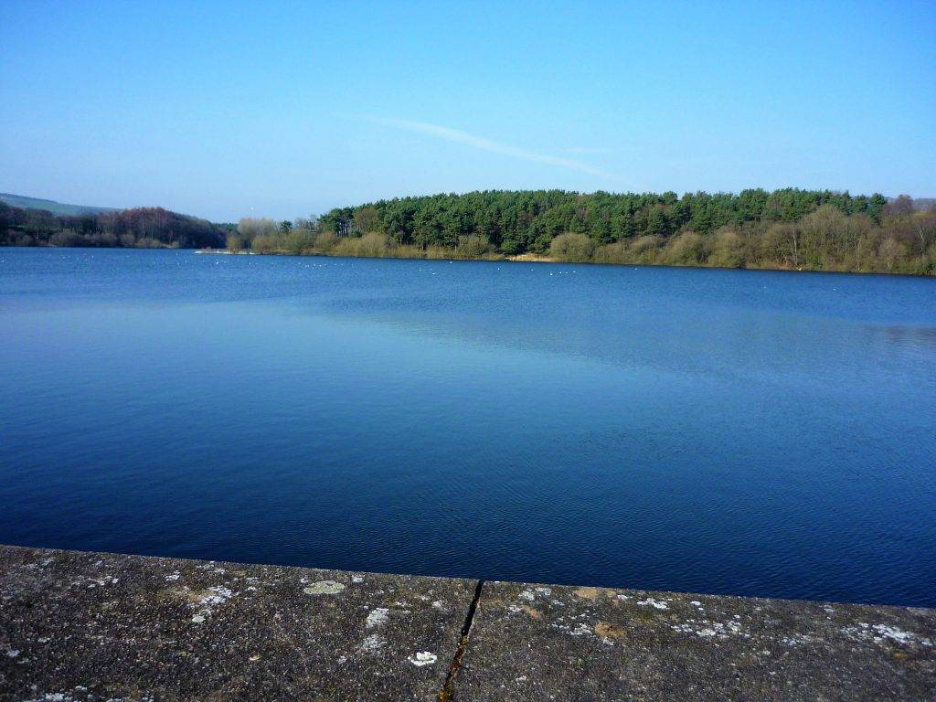 Human-Nature Escapes CIC - Blue Walk Tittesworth Water